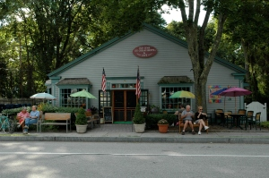 Old Lyme Ice Cream Shoppe & Cafe